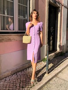 Rouje UK: Jeanne Damas in a Rouje dress Lilac Dress, Red Midi Dress, The Dress, Parisienne Chic, Style Chic Parisien, Vestidos Retro, French Women Style, French Style Dresses, Fashion Business