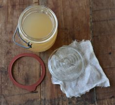 How To: Make Apple Vinegar From Scratch
