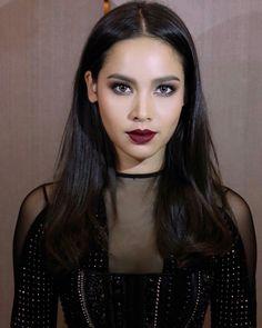 Beauty Makeup, Hair Makeup, Face Hair, Cute Faces, Most Beautiful Women, Asian Beauty, Asian Girl, Makeup Looks, Actresses