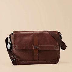Do not care that the Trail Messenger is for men. I would rock this bag!! <3
