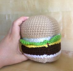 Hamburger, Cheeseburger, Play Food, Amigurumi, Toy Food - pinned by pin4etsy.com