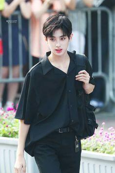 Cute Asian Babies, Cute Asian Guys, Cute Korean Boys, Asian Boys, Asian Men, Cute Boys, Handsome Korean Actors, Handsome Anime Guys, Handsome Boys