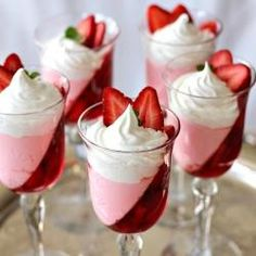 Dessert Recipes That Only Require Two Ingredients . Quick and Simple Dessert Recipes . Get drowned to these healthfully fantastic simple dessert recipes with Jello Desserts, Just Desserts, Pudding Desserts, Jello Recipes, Healthy Desserts, Fancy Desserts, Healthy Recipes, Easy Recipes, Shot Glass Desserts