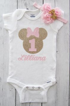 Minnie Mouse First Birthday Onesie in pink and gold with headband - girl birthday, glitter, personalized, pink gold, minnie one shirt - Party - Birthday Minnie Mouse Onesie, Minnie Mouse First Birthday, 1st Birthday Shirts, Birthday Party Outfits, Mickey Birthday, Minnie Mouse Party, Girl First Birthday, Minnie Dress, Turtle Birthday