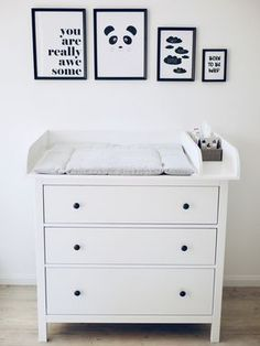 Our Changing Table // How did the slim Hemnes Ikea chest of drawers .- Unsere Wickelkommode // Wie haben die schmale Hemnes Ikea Kommode mit … Our changing table // How did the narrow … - Ikea Bedroom, Baby Bedroom, Baby Boy Rooms, Baby Room Decor, Nursery Room, Ikea Baby Room, Ikea Baby Nursery, Sky Nursery, Baby Nursery Furniture