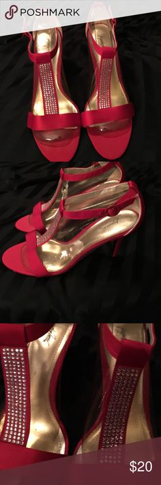 "Jacqueline Ferrar Shoes Beautiful Size 9 1/2 Red Shoes that would be perfect for the upcoming Christmas and Holiday Parties. Strap closure at the ankle.  Elegant Rhinestones on a strip in the front of the shoe. Open toe and the heel is 4"".  Dance the night away in these beautiful shoes! Jacqueline Ferrar Shoes Heels"