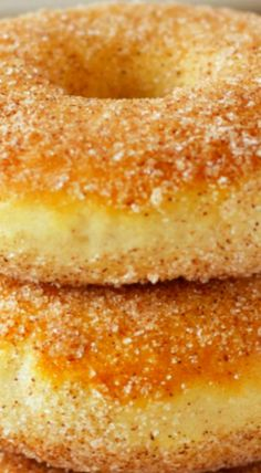 Old Fashioned Cinnamon Sugar Baked Cake Donuts - The Busy Baker Donut Recipes, Brunch Recipes, Breakfast Recipes, Dessert Recipes, Cooking Recipes, Desserts, Cooking Ideas, Baked Donuts, Doughnuts