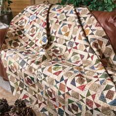 Splendor in the Scraps: FREE Traditional Scrappy Lap Quilt Pattern
