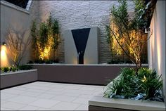 Modern courtyard Water feature garden accent lighting Collection of Beautiful Roof Gardens and Landscape Designs Contemporary Garden Design, Modern Landscape Design, Modern Landscaping, Contemporary Landscape, Garden Modern, Garden Landscaping, Modern Backyard, Landscape Architecture, Landscaping Ideas