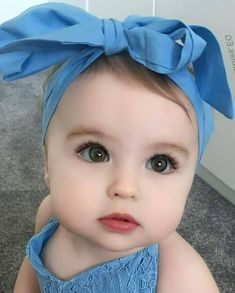 Baby Fashion Christmas Little Girls 62 Trendy Ideas Cute Baby Boy, Cute Baby Girl Pictures, Baby Kind, Beautiful Children, Beautiful Babies, Cute Babies Photography, Children Photography, Cute Baby Wallpaper, Foto Baby