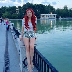 Elena Gheorghe Beautiful Redhead, Simply Beautiful, Beautiful Women, Long Auburn Hair, Shades Of Red, 50 Shades, Red Heads Women, Redhead Girl, Ginger Hair