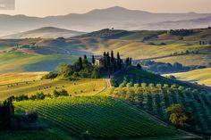 visit Toscana in spring