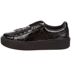 Pre-owned Puma x Fenty Wrinkled Patent Creeper Sneakers ($130) ❤ liked on Polyvore featuring shoes, sneakers, black, black patent shoes, creeper sneakers, puma trainers, patent leather shoes and black lace up sneakers