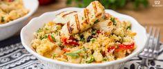 Κους κους με μαροκινά μπαχαρικά, ρεβίθια και χαλλούμι (VIDEO) Food Advertising, Couscous, Fried Rice, Potato Salad, Fries, Food Porn, Potatoes, Dinner, Cooking