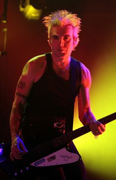 | Simon Gallup, The Cure, Copenhagen 2008