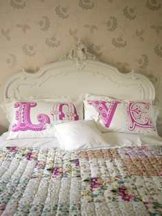 LOVE Pillows...I REALLY want to find a way to work this into my house!