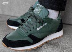 "@reebokclassics ""Classic Leather GI"" #zapatillas #trainers #sneakers #footwear #edicionespecial #specialedition #reebokclassic #reebokclassics #reebokone #reebokclassicleather #casual #casualculture #casuals #reebokmadrid #madrid http://www.rivendelmadrid.es/marcas/reebok.html"