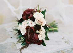Gorgeous blush and marsala bouquet. Such a pretty color combo!