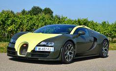Bugatti Veyron 16.4 Grand Sport Vitesse - Tracktest: http://www.neuwagen.de/fahrberichte/3801--bugatti-veyron-164-grand-sport-vitesse-the-very-last-drive.html