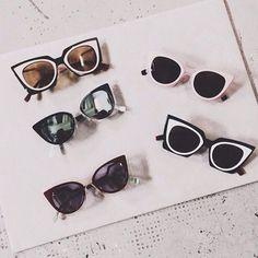 Zu den klaren Linien von Rundholz Black Label, Katharina Hovmann u.a. aus unserem Shop http://www.dagmarfischermode.de/shop passen auffällige Sonnenbrillen - wie wär's mit ein paar KATZENAUGEN?