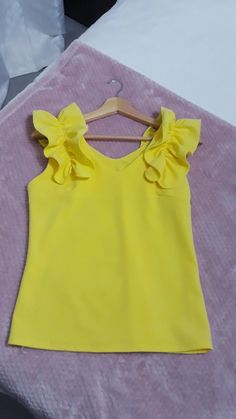 Frocks For Girls, Dresses Kids Girl, Kids Outfits, Fashion Wear, Kids Fashion, Fashion Outfits, Baby Dress Design, Kids Frocks Design, Kids Tops