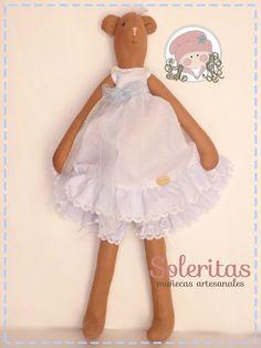 Soleritas Muñecas Artesanales: Osita de tela en plumeti azul