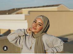 Modest Fashion Hijab, Muslim Fashion, Hijab Hipster, Beautiful Hijab Girl, Hijab Outfit, Mode Inspiration, Cute Casual Outfits, Hijabs, Random
