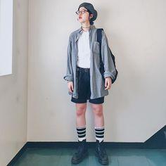 "Reposting @_yuzukichi: ... ""🎣 本日は絵描き業の日なので、年甲斐もなく短パン小僧。 夏がそろそろ終わりますよ🎐。 ベレー帽って髪の毛収納できて良いですね。 . Shirts : #vintage #ralphlauren  Inner : #hanes Pants : #commedesgarcons  Shose : #drmartens . . #ootd #coordinate #shooting #snap #pressblogsnap"" Womenswear mode style fashion outfit ootd clothing tenue femme"