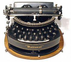 Old Vintage Typewriter | Tags: antique , antique typewriters , old typewriters , typewriters