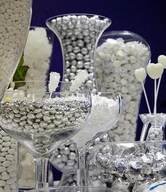 White and Silver Candy Buffet. White taffy silver chocolate balls giant jawbreakers white rock candy white champagne bubble gumdrops white mints and shiney silver hearts are featured in this exquisite candy buffet. Candy Bar Wedding, Wedding Favors, Our Wedding, Bling Wedding, Wedding White, Buffet Wedding, Wedding Flowers, Ribbon Wedding, Wedding Colours