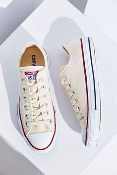 1bb0fbed4ac37 Converse Chuck Taylor All Star Low Top Sneaker
