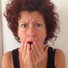 Phobien zeigen sich durch ausgeprägte Ängste vor Situationen, Gegenständen, Personen oder Tätigkeiten, die sich vor allem durch einen Schutzreflex äußern, indem die betroffenen Personen versuchen den Auslöser zu vermeiden. Häufige Ursache ist dabei ein traumatisches Ereignis und oftmals erinnert man sich nicht mehr an dieses einschneidende Erlebnis...  Die Hypnosetherapie eine ausgezeichnete Möglichkeit übers Unterbewußtsein die Ursache zu erreichen. Studio, Studios