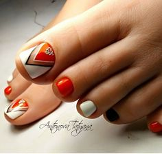 100 stylish and delicate toenails design example - Page 95 of 100 - Inspiration Diary Pretty Toe Nails, Cute Toe Nails, Dope Nails, Pretty Toes, Toe Nail Art, Toenail Art Designs, Pedicure Nail Designs, Pedicure Nails, Acrylic Nail Designs