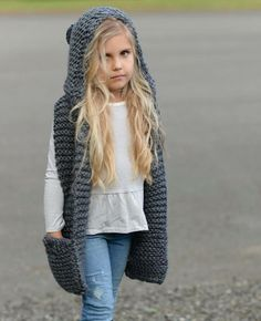 stricken kinder einfach Knitting PATTERN-The Tuft Hooded Scarf months, Toddler, Child, Teen, Adult sizes) Baby Knitting Patterns, Knitting For Kids, Crochet Patterns, Velvet Acorn, Crochet Baby, Knit Crochet, Hooded Scarf Pattern, Super Bulky Yarn, Diy Clothes
