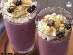 Snack Time!! #theteadetox #diet #detox #berries #smoothie