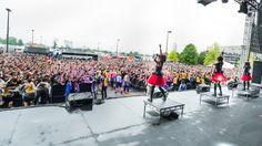 5月16日(現地時間)、アメリカ・オハイオ州で開催された<ROCK ON THE RANGE 2015>にBABYMETALが出演...