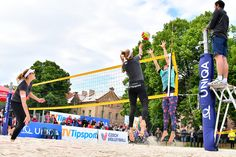 With restrictions being eased in many European countries, beach volleyball in public places has already resumed in some European countries, e.g. Germany. Now professional beach volleyball is also returning. First Event, European Countries, Beach Volleyball, Resume, Basketball Court, Germany, Public, Places, Sports