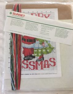Kit-De-contado-Cross-Stitch-Merry-kissmas-Papai-Noel-Mamae-Noel-Natal-Rena-Sunset