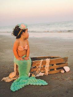 Crochet Mermaid tail with Top and Starfish headband, Crochet mermaid tail for babies and toddlers, Crochet Mermaid tail photo prop, by BellaandSelah on Etsy https://www.etsy.com/listing/228651796/crochet-mermaid-tail-with-top-and