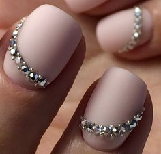 Opting for bright colours or intricate nail art isn't a must anymore. This year, nude nail designs are becoming a trend. Here are some nude nail designs. Fabulous Nails, Gorgeous Nails, Pretty Nails, Swarovski Nails, Rhinestone Nails, Swarovski Crystals, Bride Nails, Wedding Nails, Fancy Nails