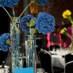 I would use this centerpiece for a blue Christmas theme holiday party. Vivid blue hydrangeas set in tall vases as tilt clusters and colorful wire swirls. Reception Decorations, Flower Decorations, Wedding Centerpieces, Blue Centerpieces, Centrepieces, Wedding Blog, Wedding Events, Dream Wedding, Wedding Ideas