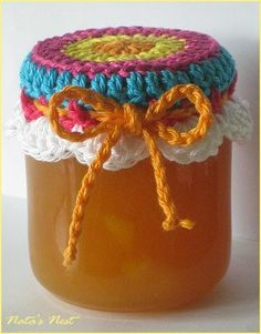 Natas Nest: Jam Pot Covers - Free Crochet Pattern ✿⊱╮Teresa Restegui http://www.pinterest.com/teretegui/✿⊱╮