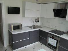 Kitchen Units, Diy Kitchen Decor, Kitchen Design Small, Kitchen Design Decor, Kitchen Design Trends, Diy Kitchen Storage, Kitchen Decor, White Modern Kitchen, Kitchen Decor Apartment