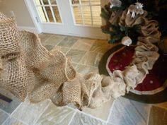 Another pinner wrote... Burlap garland (ETA: I made this--so easy! It took all of 15 minutes.)
