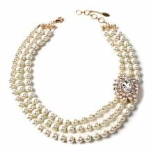 Amrita Singh White Pearl Grace Necklace