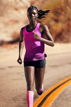 More daylight, more miles. Head out in the season's lightest running gear from Nike Women's 2015 Summer Style Guide.
