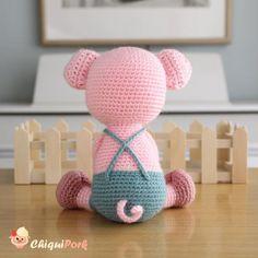 Crochet Hook Sizes, Crochet Hooks, Piglet, Crochet Pig, Rabbit Toys, Crochet Basics, Crochet Patterns Amigurumi, Stuffed Toys Patterns, Pink