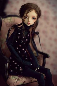 9 Best Queena Ideas images   Bjd, Ball jointed dolls, Doll face