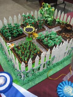 Garden cake with pathways. Fancy Cakes, Cute Cakes, Fondant Cakes, Cupcake Cakes, Allotment Cake, Vegetable Garden Cake, Farm Cake, Garden Cakes, Cake Pictures