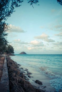 Oahu...someday I will visit you and your brother island Kauai.....
